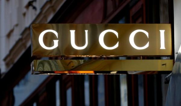 義大利高級時尚品牌Gucci週三(11日)宣布,明年開始品牌全系列將不再使用皮草。(路透)