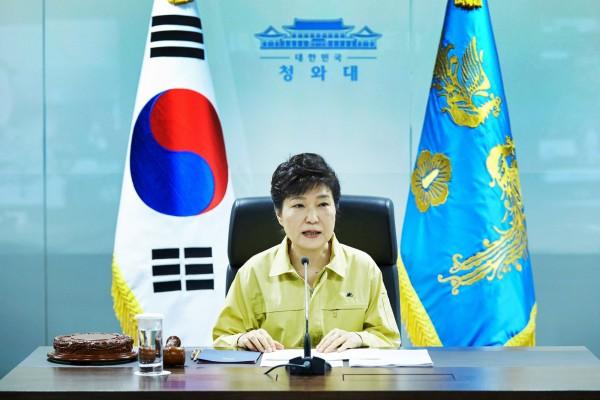 「朴槿惠」的圖片搜尋結果