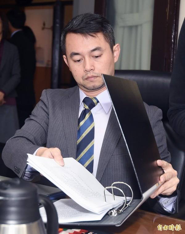 全國司改會議第一組1日首度開會,北捷殺人魔鄭捷的辯護律師黃致豪出席。(記者廖振輝攝)