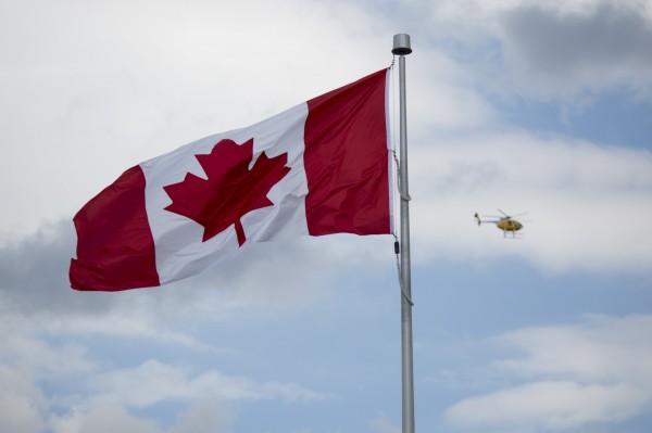 加拿大參議院週三(1月31日)通修改國歌,落實性別中立。(彭博)