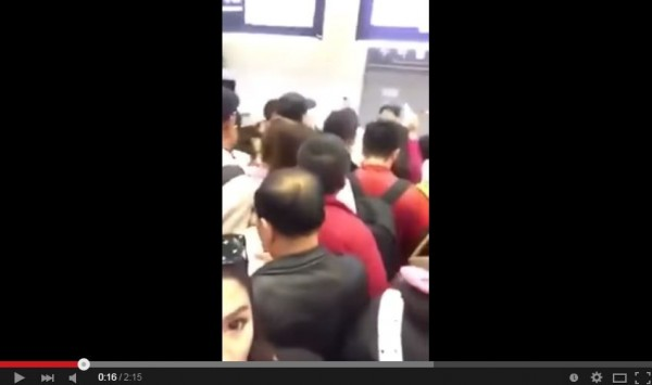 泰國女星痛批中國遊客相當野蠻。(圖擷取自YouTube)