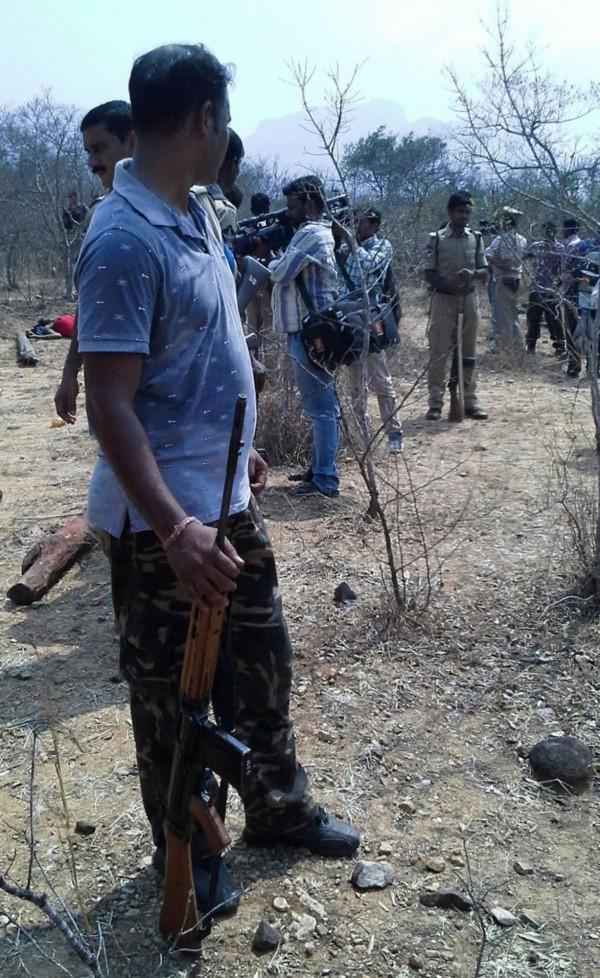 印度安德拉省發生警方、保全人員與山老鼠發生槍戰,警方表示是為了自我防衛,才發生槍戰。(法新社)