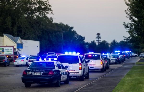 目擊者稱,槍手是一個年齡稍長的白人男子。(美聯社)
