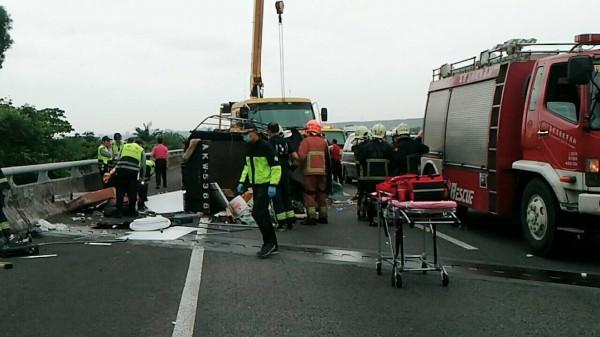 這起車禍造成1死2傷。(圖由民眾提供)