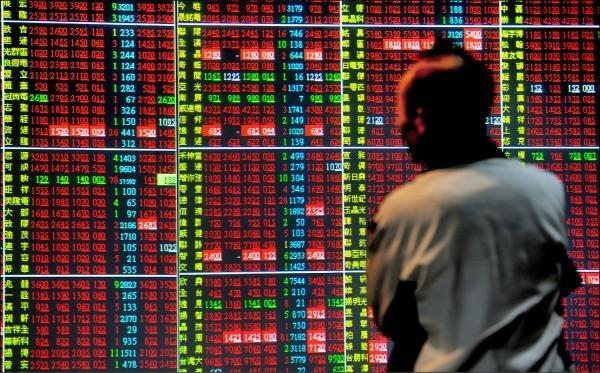 台北股市今天收盤上漲93.87點,漲幅0.92%,報10250.60點,成交金額為893.13億元。(資料照)