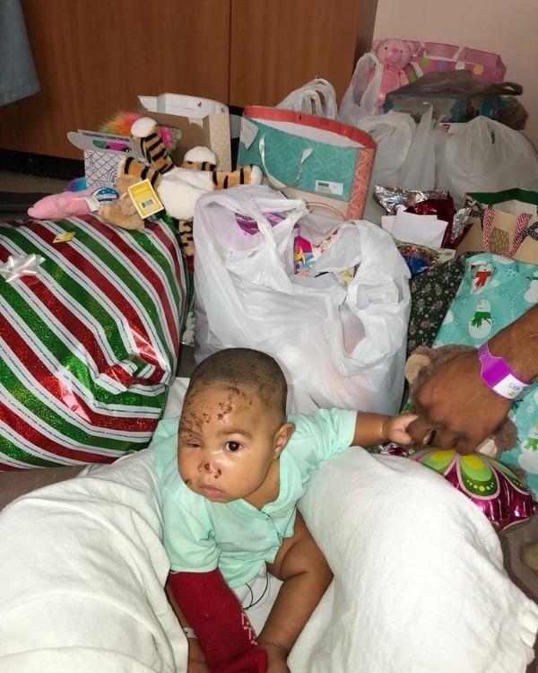 羅傑斯近日PO出女兒近況,並感謝外界的援助。(圖擷自GoFundMe)