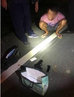 陳男遭警方查獲逾百克K他命、改造手槍及數發子彈。(圖擷取自屏東警分局官網)