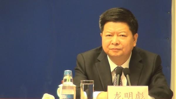 中國國台辦副主任龍明彪16日表示,9月1日將正式實施「港澳台居民居住證」辦法,其中台灣居民居住證採18碼,與中國身分證相同,用於在陸「證明身份」。(中央社)