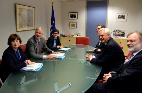 為期四天的脫歐談判於比利時布魯塞爾(Brussels)展開,英國和歐盟(EU)談判代表已於今天會面。(路透)