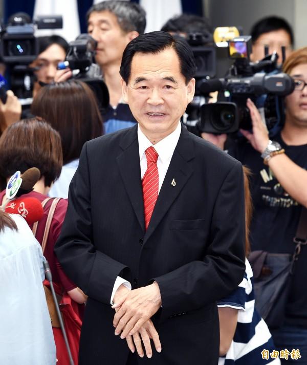 台北市商業會理事長王應傑表示,放颱風假應由企業決定,讓僱主自己承擔。(資料照,記者方賓照攝)