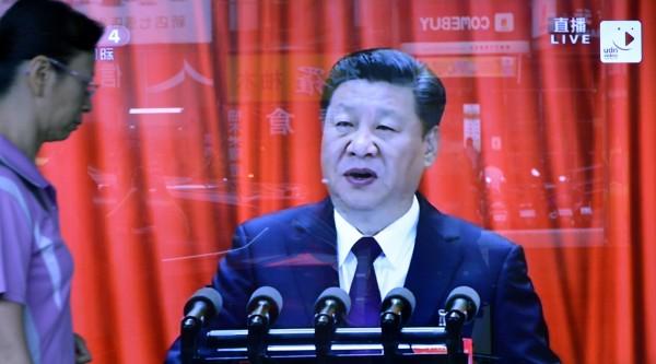 習近平訪美  美媒:中國出「走路工」