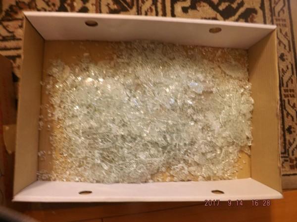 李家同也指出,廠商說這是強化玻璃,且強化玻璃是有爆炸的可能的。(圖擷自李家同臉書)