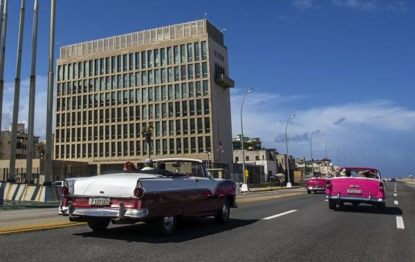 美國駐古巴哈瓦那大使館的領事人員疑似遭到聲波攻擊,醫學報告證實大腦的確發生變化。(美聯社)