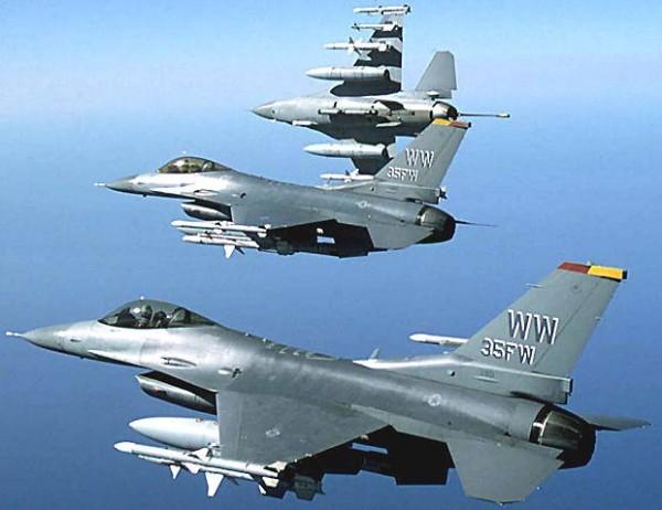 今天下午,美國3架F16戰鬥機於日本石川縣的小松機場緊急迫降。示意圖。(圖取自airforce-technology)