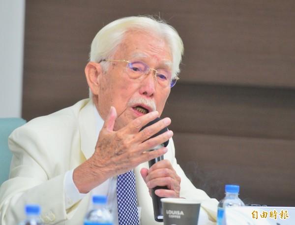 辜寬敏(見圖)今受訪證實,台北市長柯文哲上上週確實來拜會,當天談話氣氛不錯,但兩人沒談到選舉和政治議題,只談兩人共同關心的話題。(資料照)