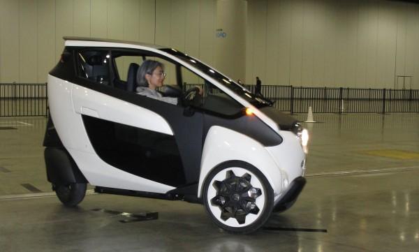 豐田i-Road電動三輪車上市?和泰車:沒價格、沒計畫