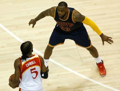 NBA》老鷹卡羅帶傷上陣 想為球隊拼到底