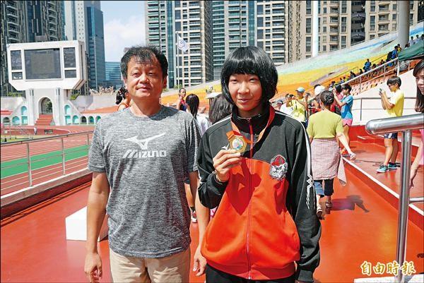 400公尺跨欄 林玉婕破20年前紀錄