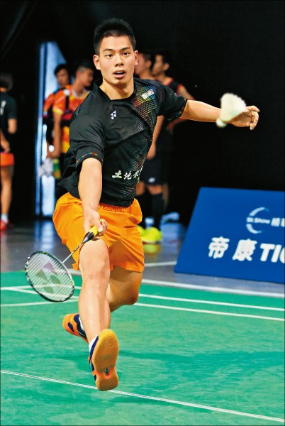 全國羽球團體錦標賽》許仁豪挺過熱浪 土銀A今爭冠