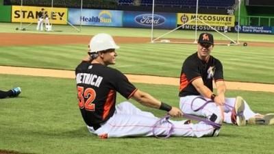 MLB》遭隊友界外球爆頭後 迪崔奇收到這個禮物...(影音)