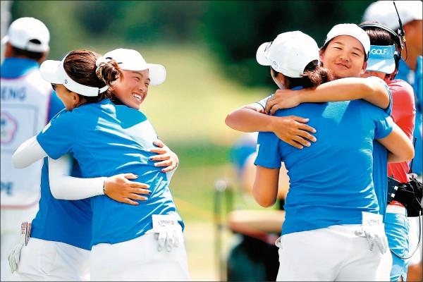 國際皇冠盃高爾夫賽》台灣女將 續居首席