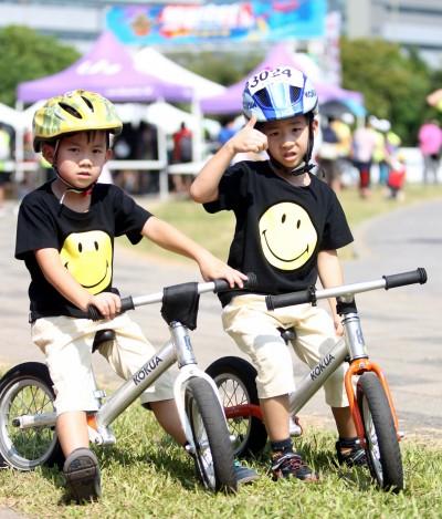 捷安特自行車嘉年華 滑步車成培養小孩平衡感的利器