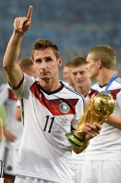 足球》德國足協宣布 世界盃傳奇射手克洛澤退休 (影音)