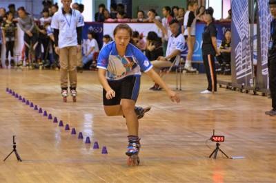 滑輪溜冰最快少女 國際賽破紀錄、國內賽奪金