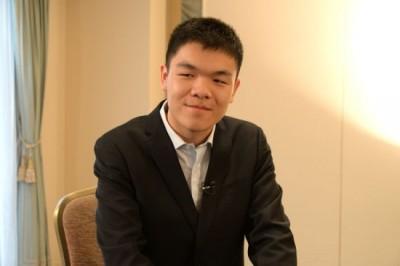 圍棋》曾嗆「AlphaGo贏不了我」 中國冠軍吞敗後送醫