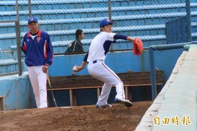 經典賽》台灣隊五壯士集訓  力拚13名投手席次