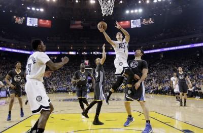 NBA》難擋浪花兄弟51分轟炸 豪9分籃網慘吞16連敗