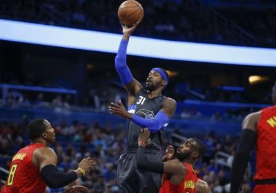 NBA》新同學洛斯帶頭轟 魔術逆襲老鷹狠虐19分