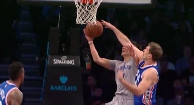 NBA》不畏懼211公分長人 林書豪切入超犀利(影音)