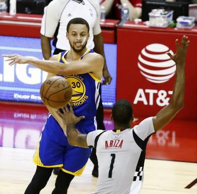 NBA》哈登大三元無用 浪花兄弟合飆57分擊墜火箭