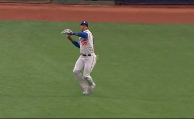 MLB》挑戰普伊格防區 巨人敲安跑者還是死(影音)