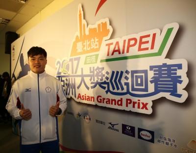 田徑》玩體操輔助練標槍 鄭兆村擲出世界第二