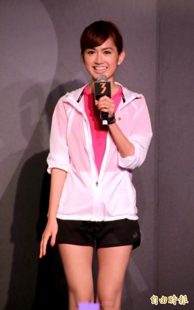 路跑》女神翁滋蔓美腿代言 361°跑鞋納入台灣味