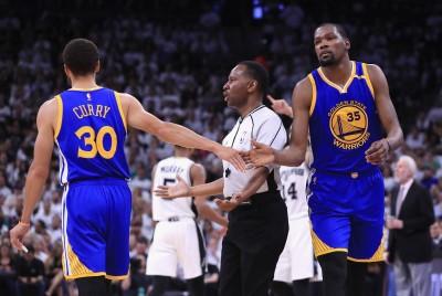 NBA》雷納德持續缺陣 杜蘭特單節19分勇士聽牌