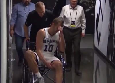 NBA》馬刺又傷大將!李伊坐輪椅退場(影音)