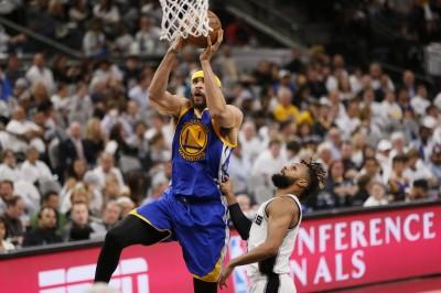 NBA》麥基打出亮眼表現 布朗:柯爾要他先發