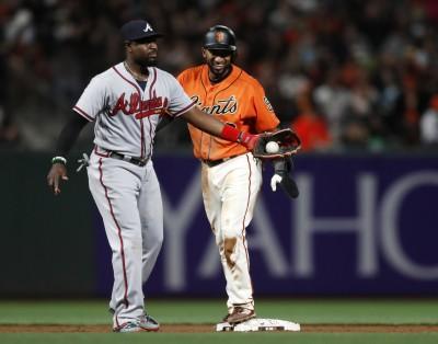 MLB》隊友投手丘開會 勇士老將竟藏球想騙出局數(影音)