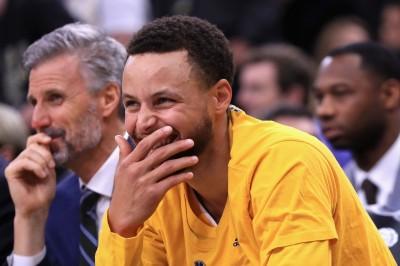 NBA》總冠軍口水戰 柯瑞:騎士很歡樂 要有所回應