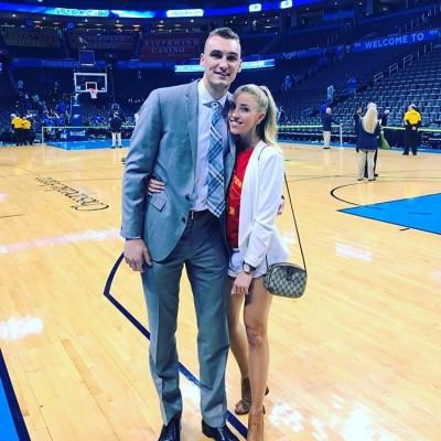 NBA》人生勝利組!火箭新生代高富帥將娶正妹主播