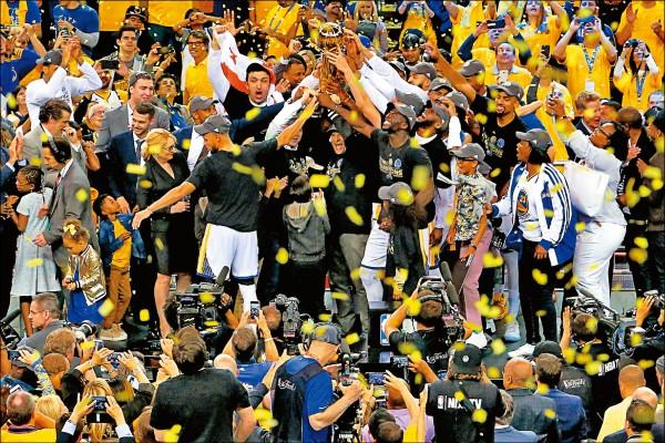 勇士預約王朝 ESPN看明年 97.8%二連霸