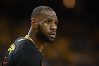 NBA》詹皇自認非組超級強隊始祖 火箭名人堂球星有話說