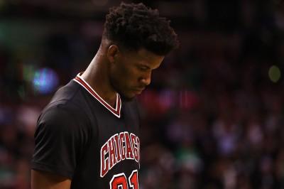 NBA》公牛高層決策惹惱球迷 募資找新總經理