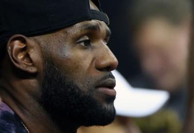 NBA》騎士季外補強不積極 外媒爆詹皇對此不滿