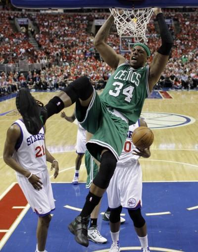 NBA》嘲諷綠衫軍總管 「真理」著籃網球褲現身