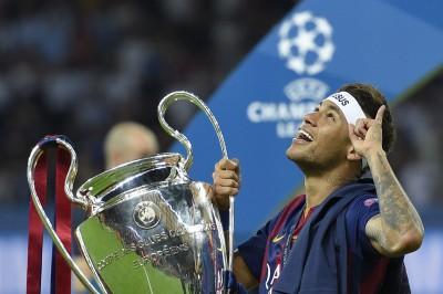 法甲》內馬爾正式加盟PSG 高昂身價破紀錄