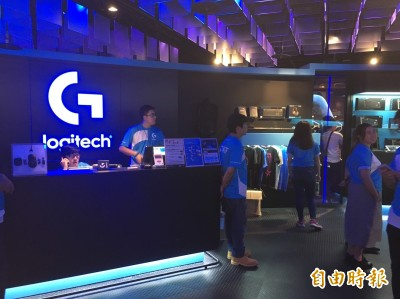 羅技攜手華碩成立電競館 ahq、J Team受邀現場打表演賽